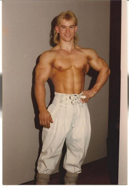 Lee Priest con 17 años